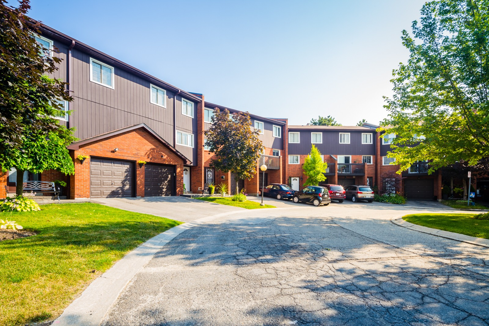 1755 Rathburn Road East Townhouses at 1755 Rathburn Rd E, Mississauga 1