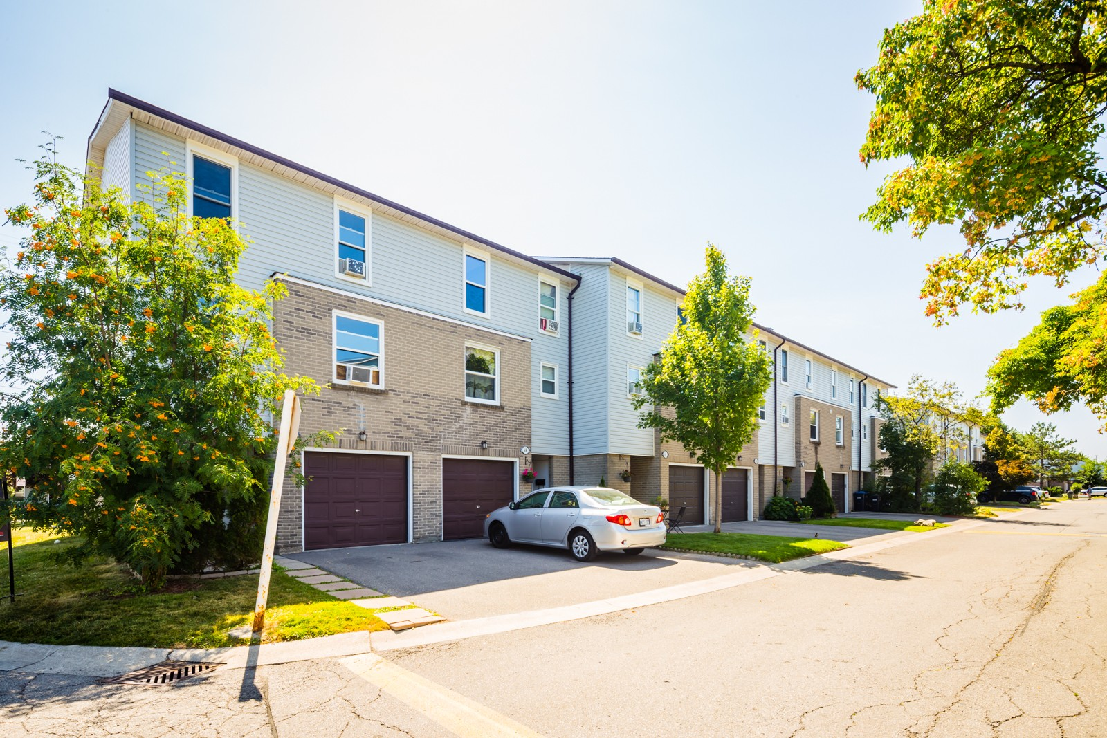 2440 Bromsgrove Road Townhouses at 2440 Bromsgrove Rd, Mississauga 0