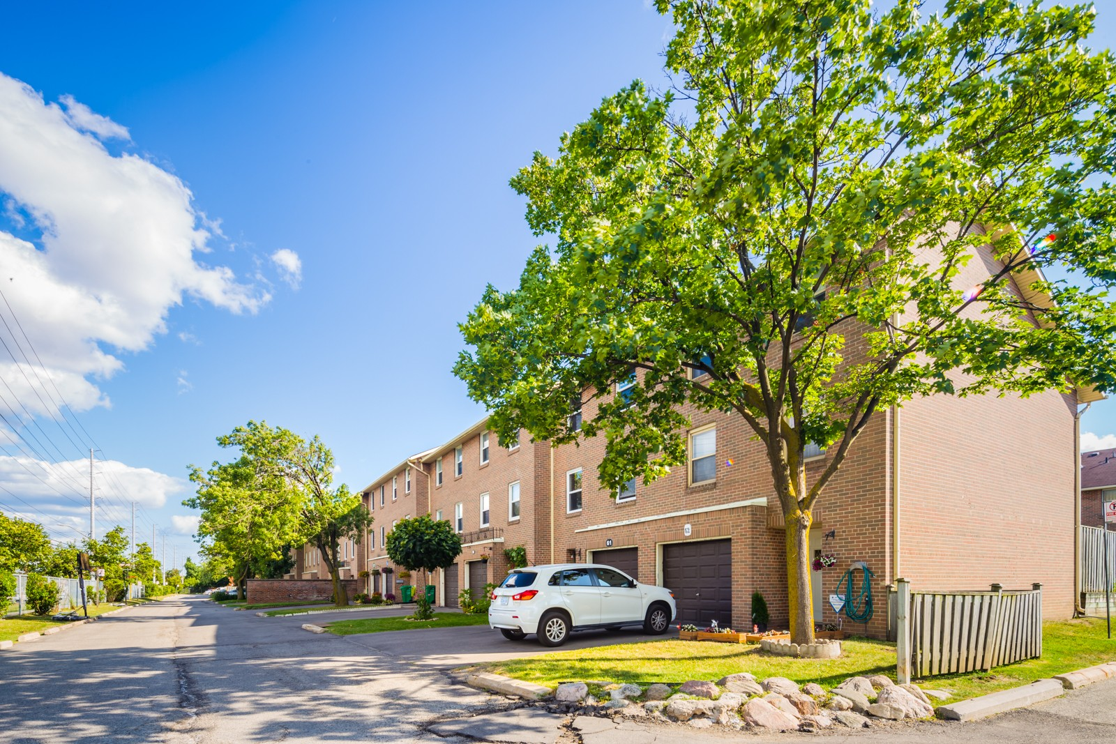 7255 Dooley Townhouses at 7255 Dooley Dr, Mississauga 0