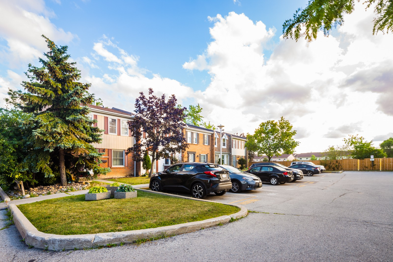 1020 Central Park Townhouses at 102 Central Park Dr, Brampton 1