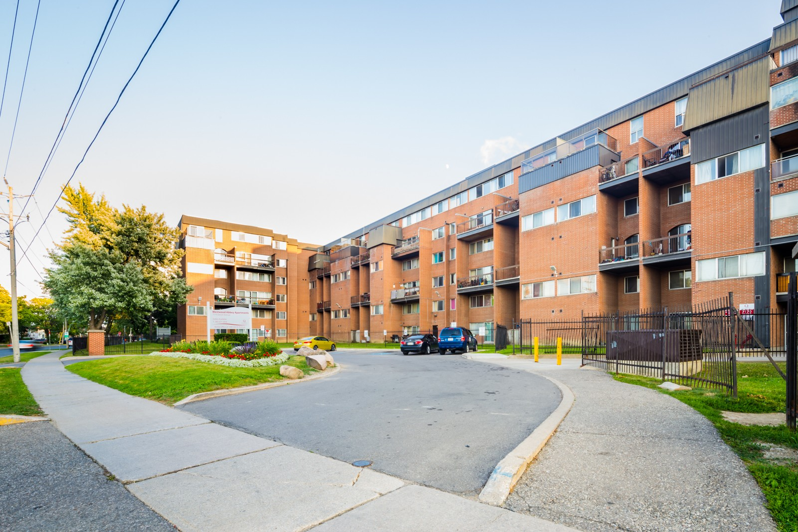7170 Darcel Townhouses at 7170 Darcel Ave, Mississauga 1