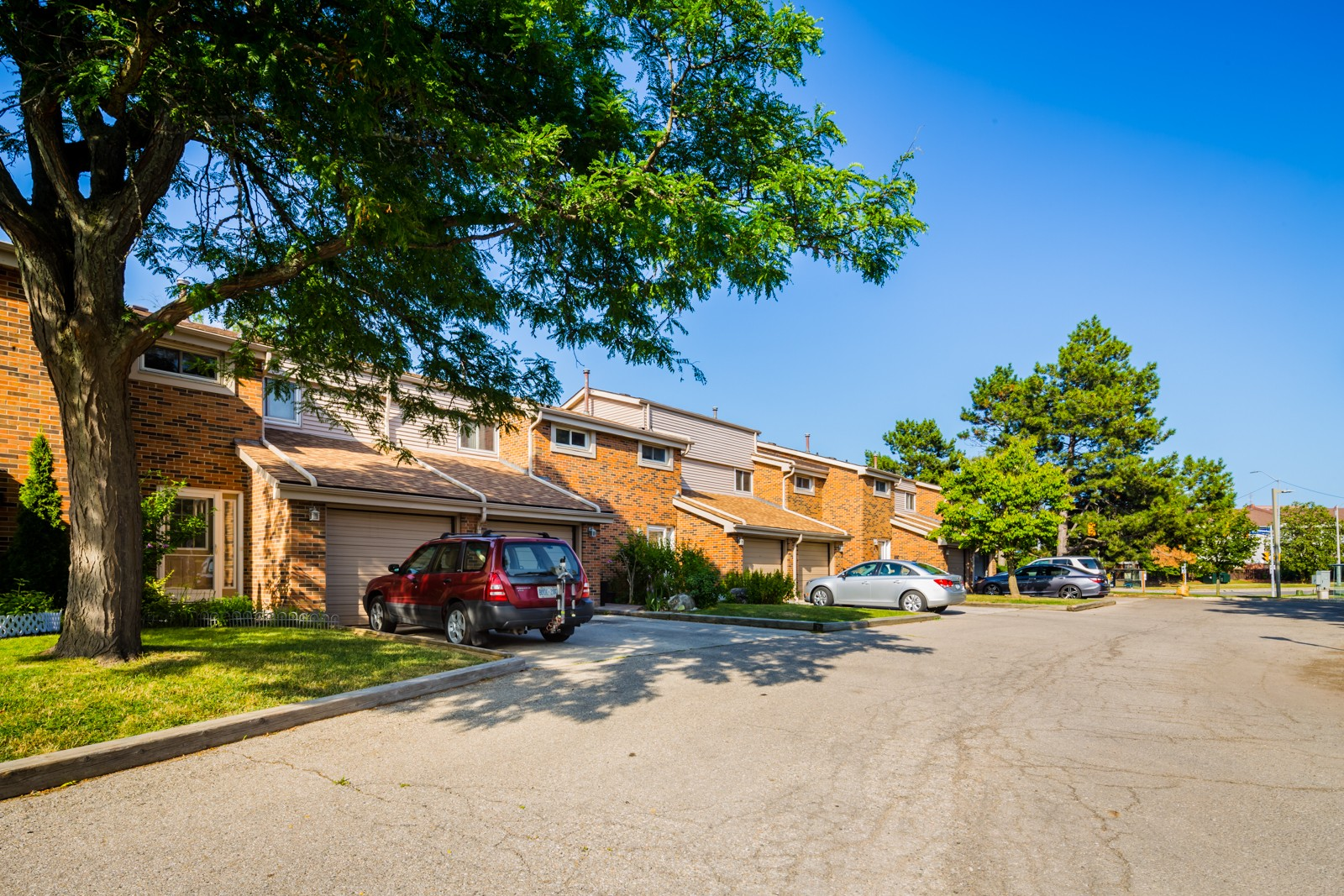 2755 Windwood Townhouses at 2755 Windwood Dr, Mississauga 0