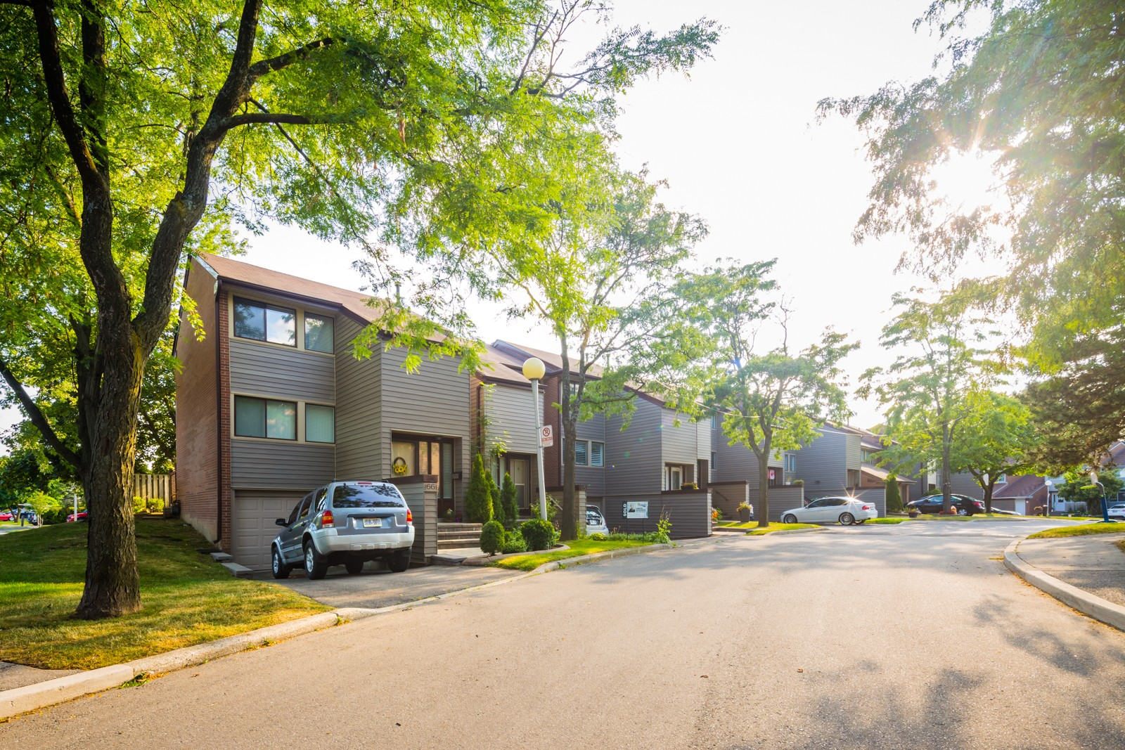 2881 Windwood Drive Townhouses at 2881 Windwood Dr, Mississauga 0