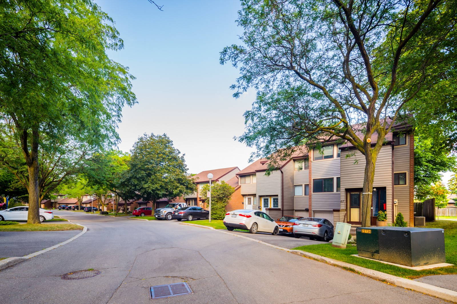 2881 Windwood Drive Townhouses at 2881 Windwood Dr, Mississauga 1