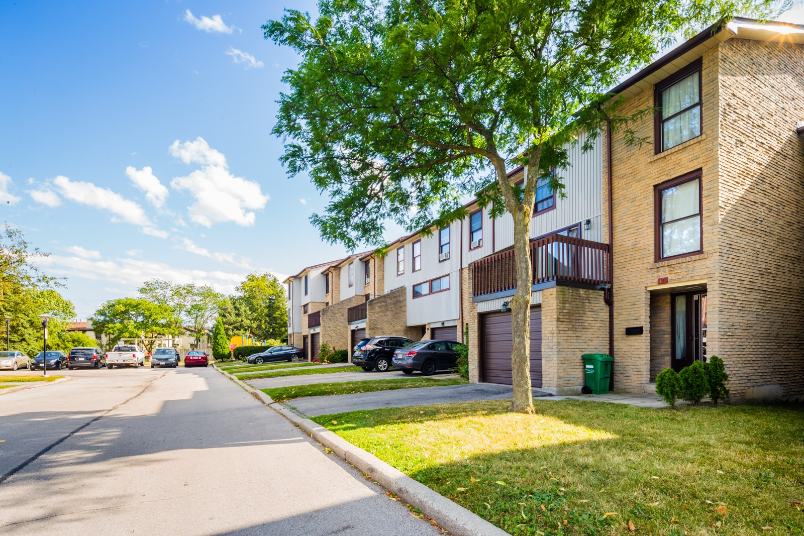 6860 Glen Erin Townhouses at 6860 Glen Erin Dr, Mississauga 0
