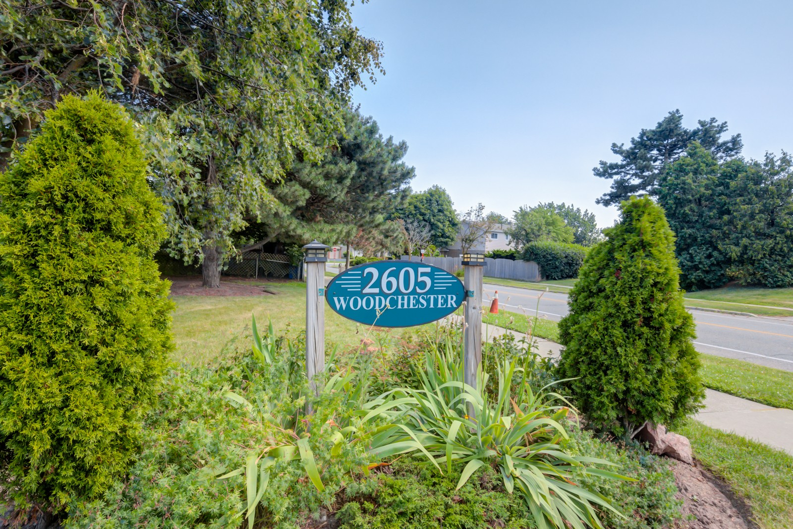 2605 Woodchester Townhouses at 2605 Woodchester Dr, Mississauga 1