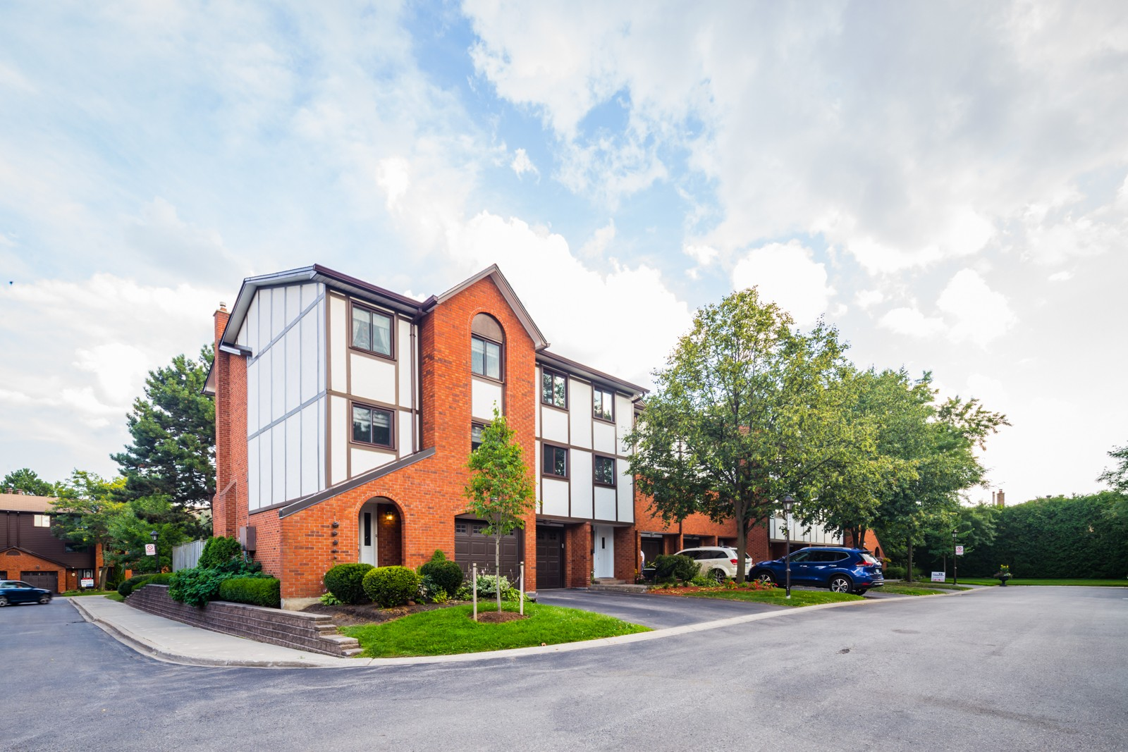 4230 Fieldgate Townhouses at 4230 Fieldgate Dr, Mississauga 0