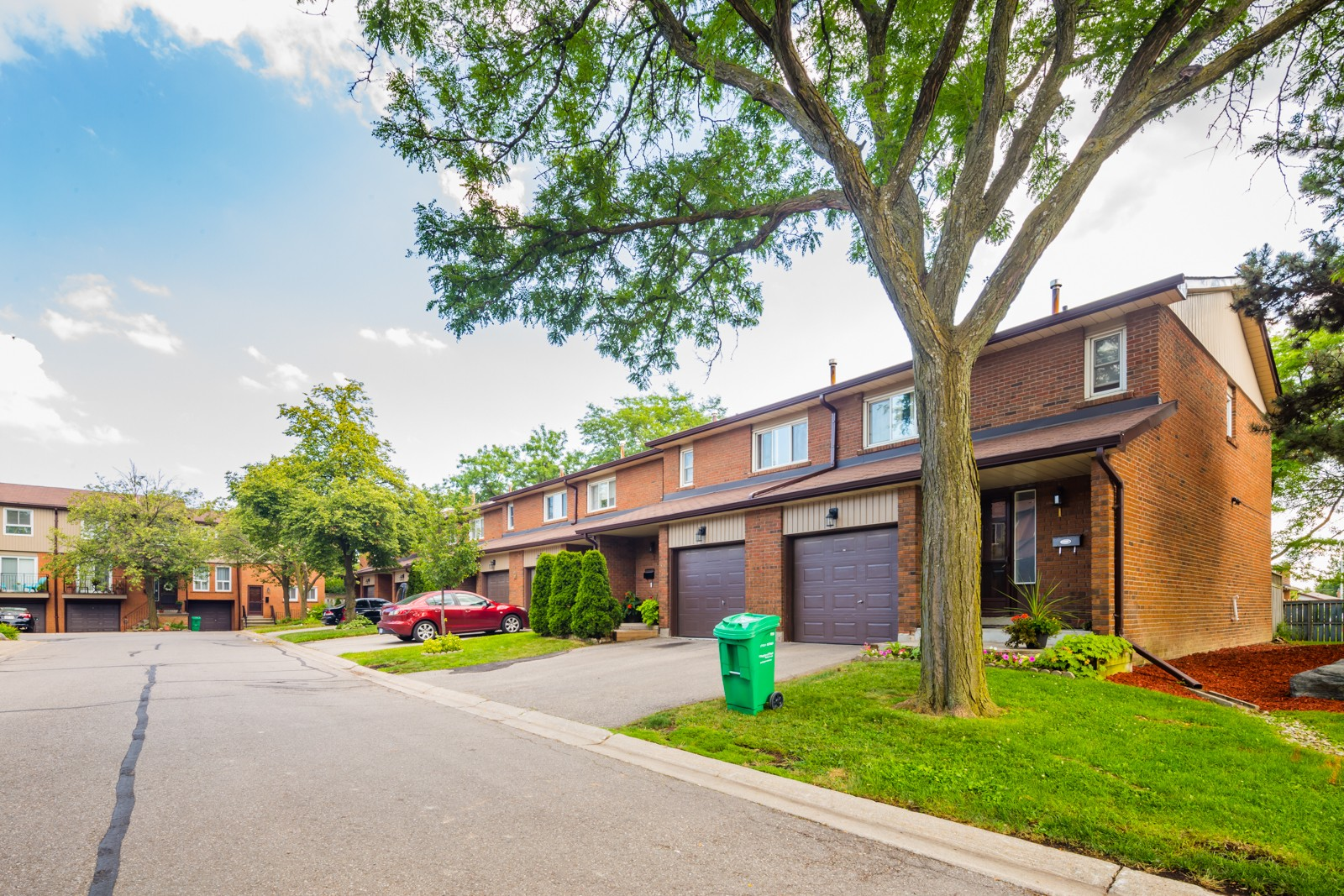 725 Vermouth Avenue Townhouses at 725 Vermouth Ave, Mississauga 0