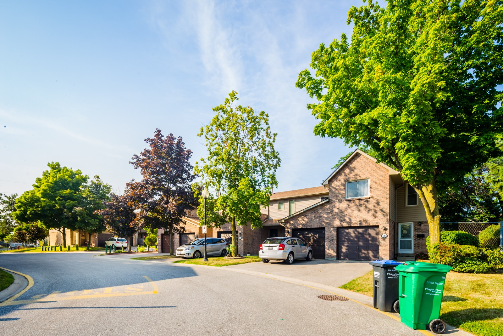 2035 Asta Drive Townhouses at 2035 Asta Dr, Mississauga 1