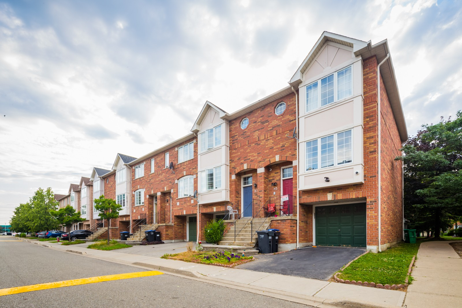 80 Acorn Place Townhouses at 80 Acorn Pl, Mississauga 0
