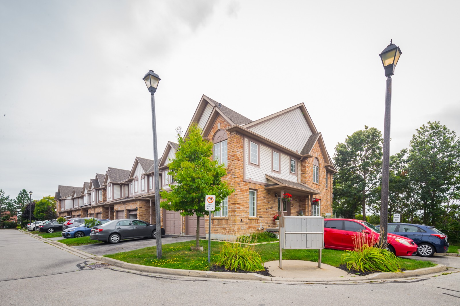 45 Alderbrook Place Townhouses at 31 Alderbrook Pl, Caledon 0