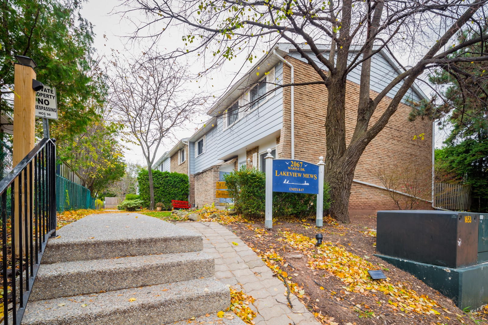 Lakeview Mews at 2067 Marine Dr, Oakville 0