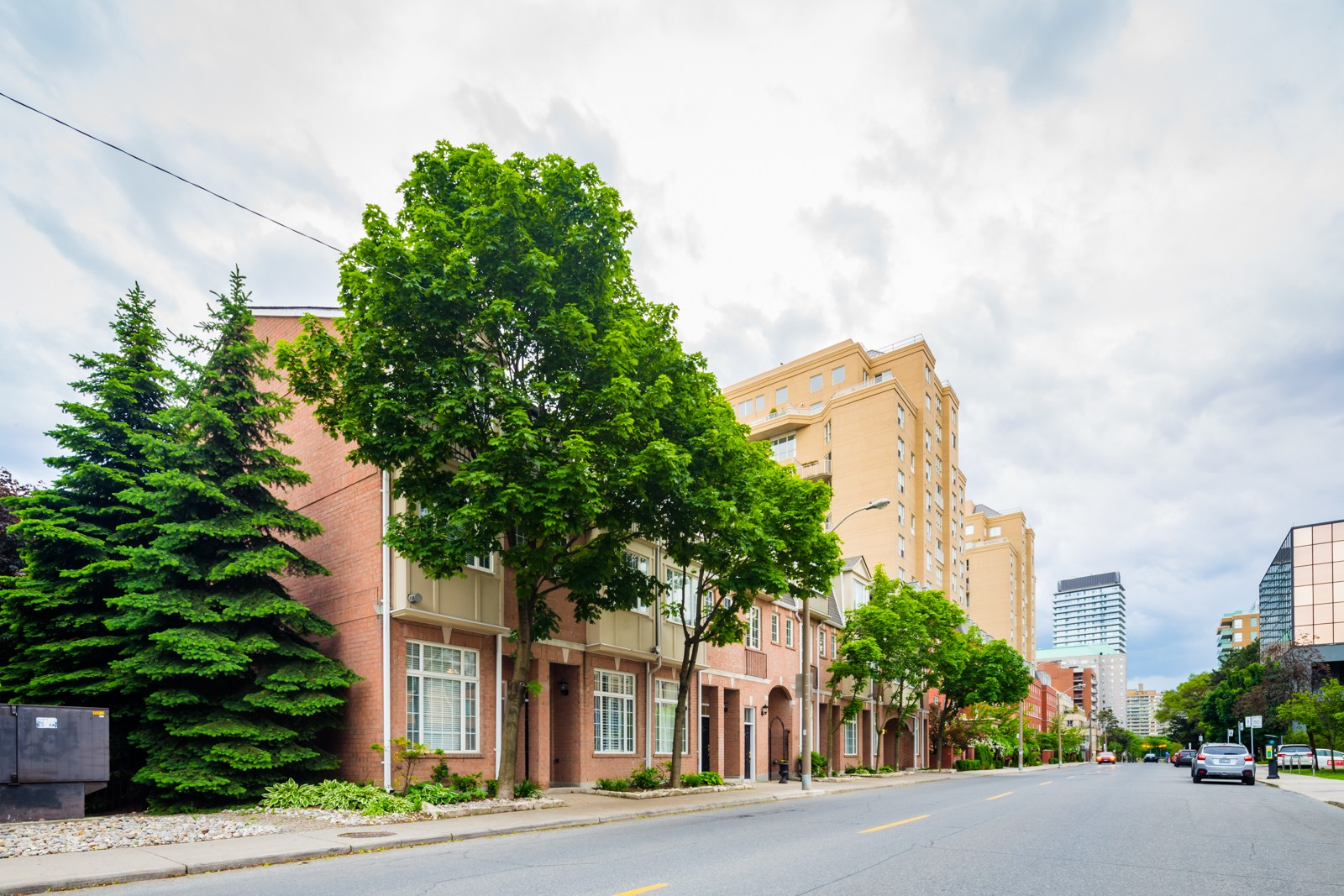 Hampton Mews at 151 Merton St, Toronto 0