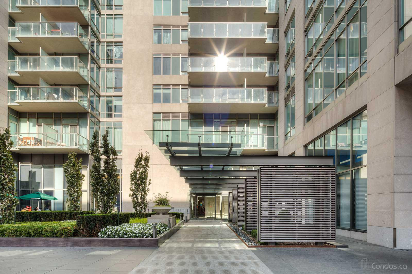 One Bedford at 1 Bedford Rd, Toronto 1