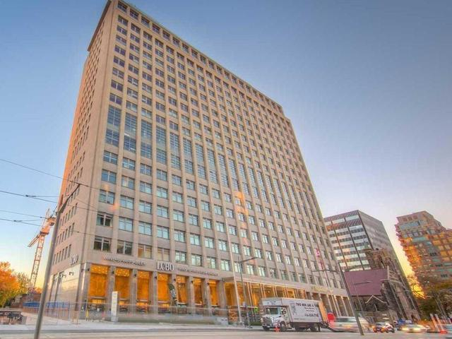528 - 111 St. Clair Ave W