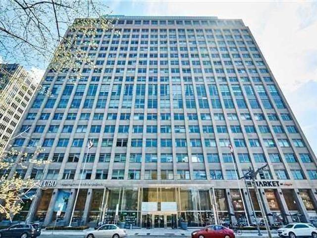 602 - 111 St. Clair Ave W