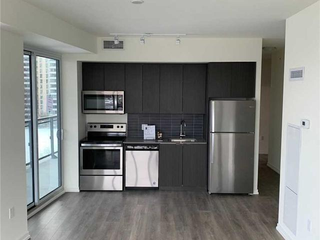 506 - 3237 Bayview Ave