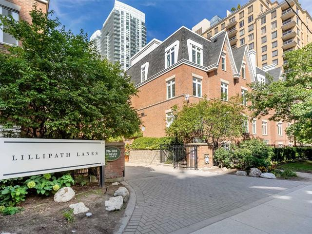 8 - 106 Redpath Ave