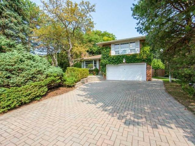 2 Overbank Cres