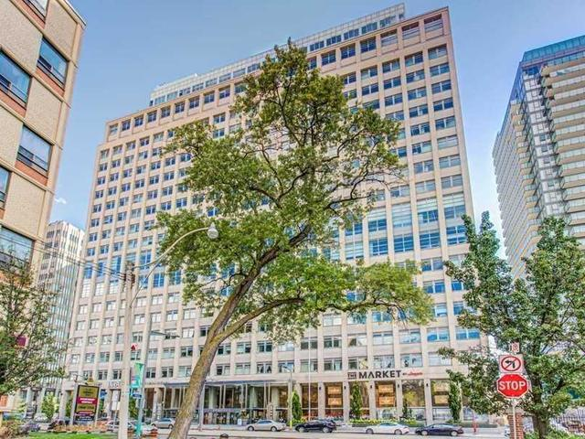 303 - 111 St Clair Ave