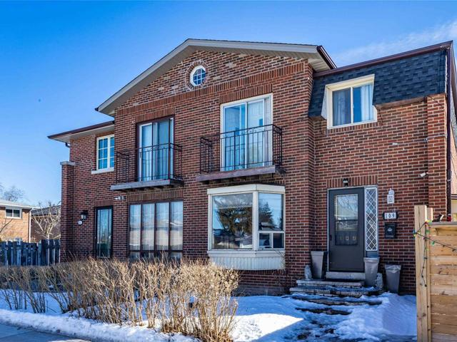 109 Old Sheppard Ave