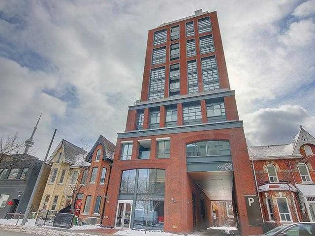311 - 501 Adelaide St W