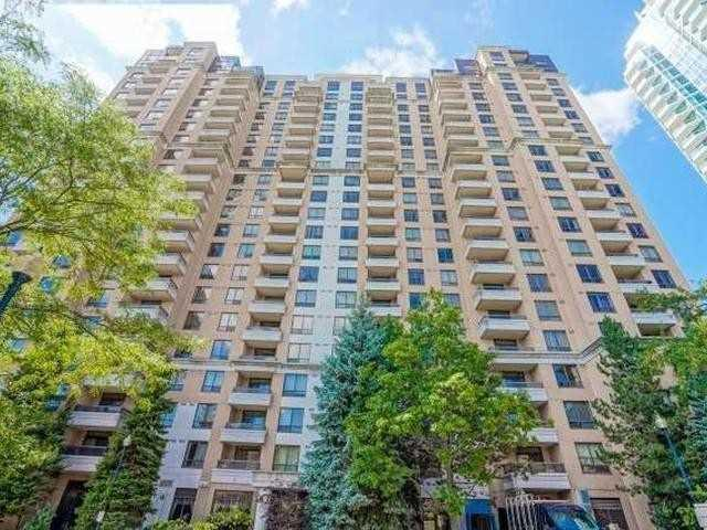 206 - 18 Sommerset Way