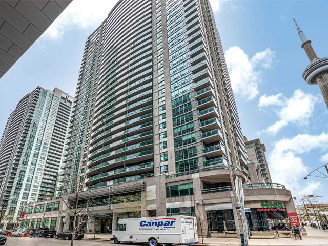 905 - 30 Grand Trunk Cres