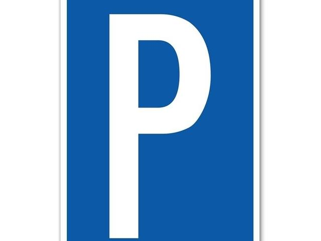 Parking - 33 Lombard St