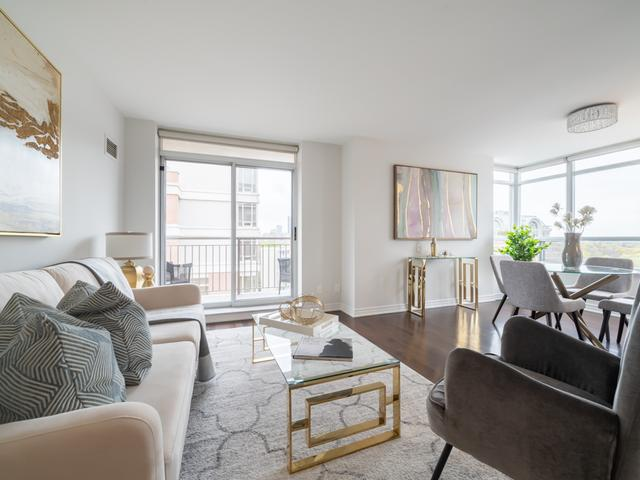1303 - 60 St Clair Ave W