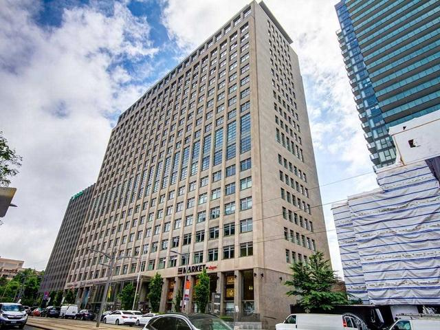 321 - 111 St Clair  Ave W
