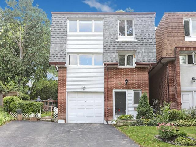 88 Loganberry Cres