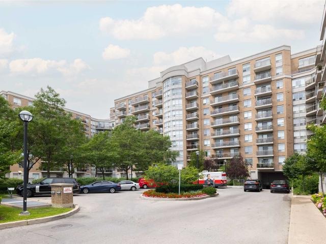340 - 650 Lawrence Ave W
