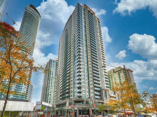 605 - 30 Grand Trunk Cres