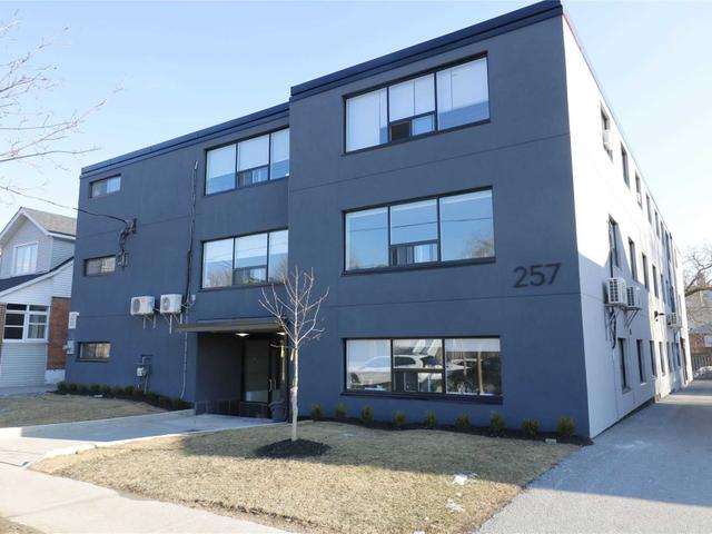 202 - 257 Torrens Ave