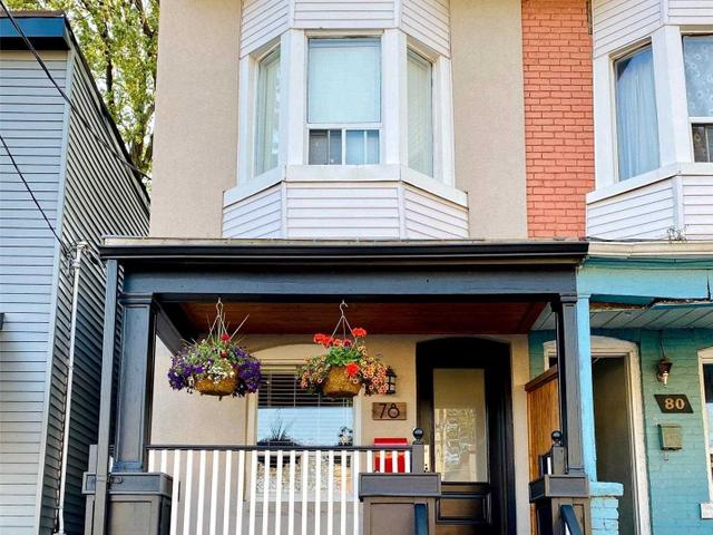 78 Carlaw Ave