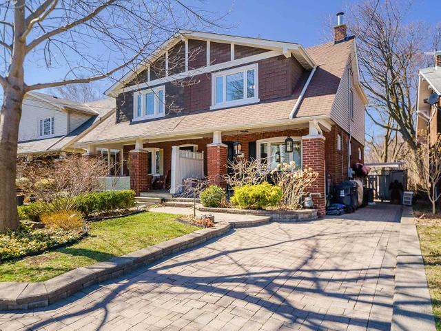 66 Hollywood Cres