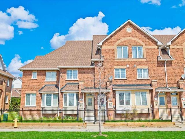 9538 Sheppard Ave