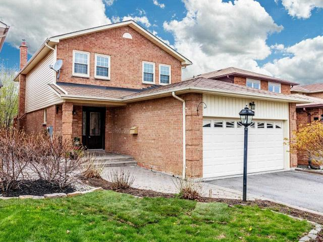 119 Maberley Cres