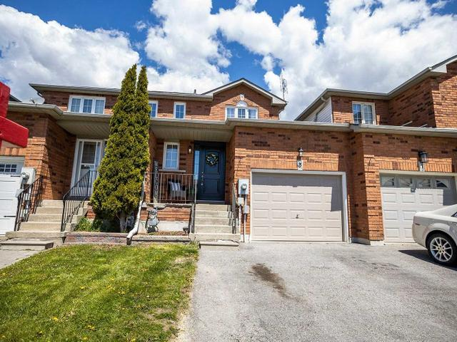 3 Somerscales Dr