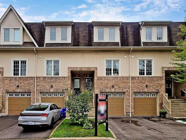 37 - 735 Sheppard Ave