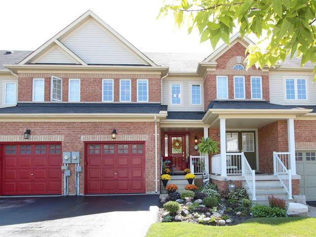 73 Dewell Cres