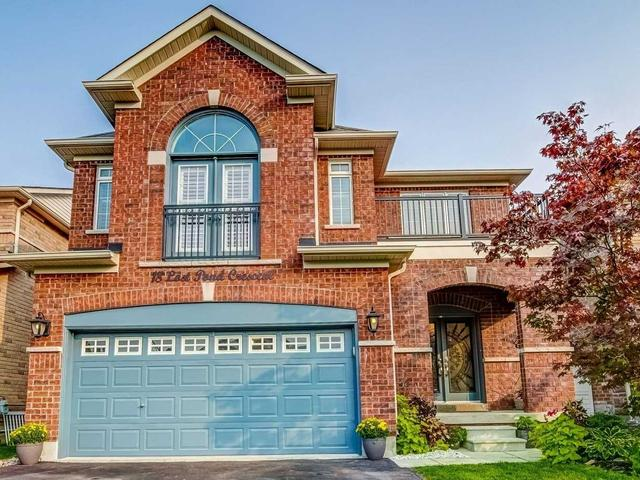 18 Lost Pond Cres