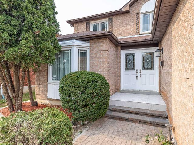 18 Topham Cres