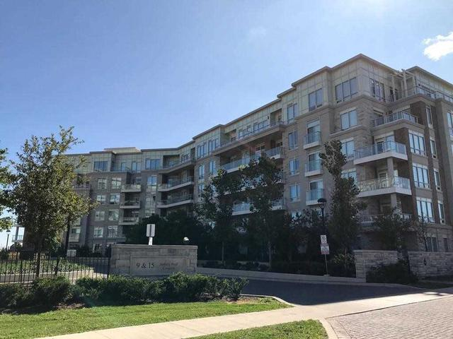702 - 9 Stollery Pond Cres