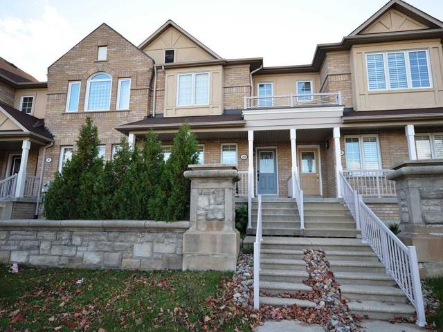 10 Thornhill Woods Dr