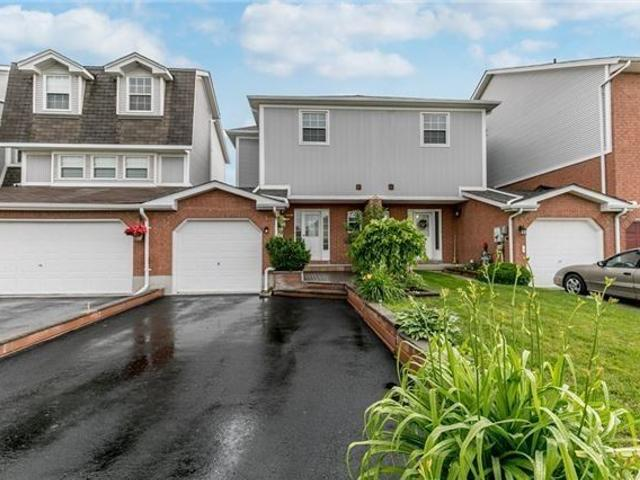 6 Wrendale Cres