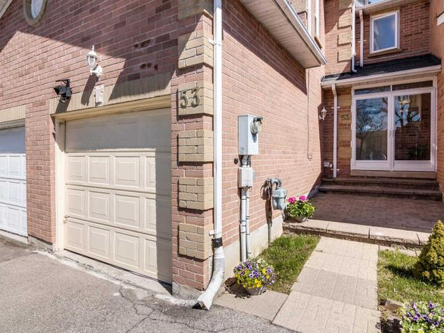 53 Steepleview Cres