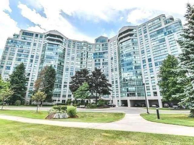 206 - 7805 Bayview Ave
