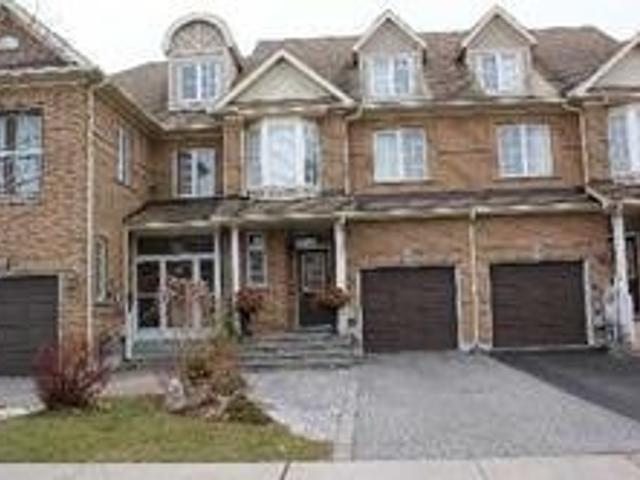 25 Ruby Cres